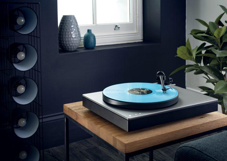 Turntable with Bluetooth aptX-HD transmission: Cambridge Audio ALVA TT