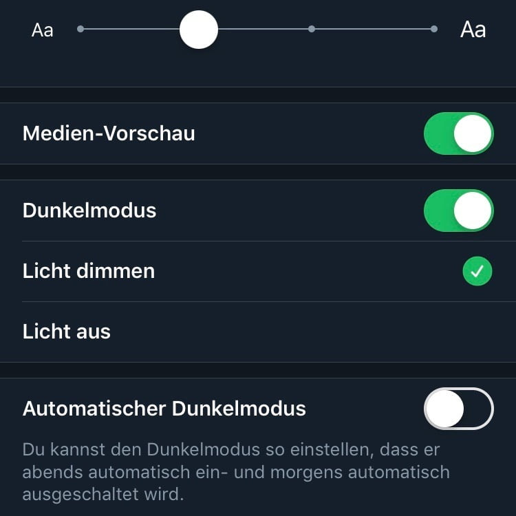 """Twitter App with new automatic """"lights out"""" mode"""