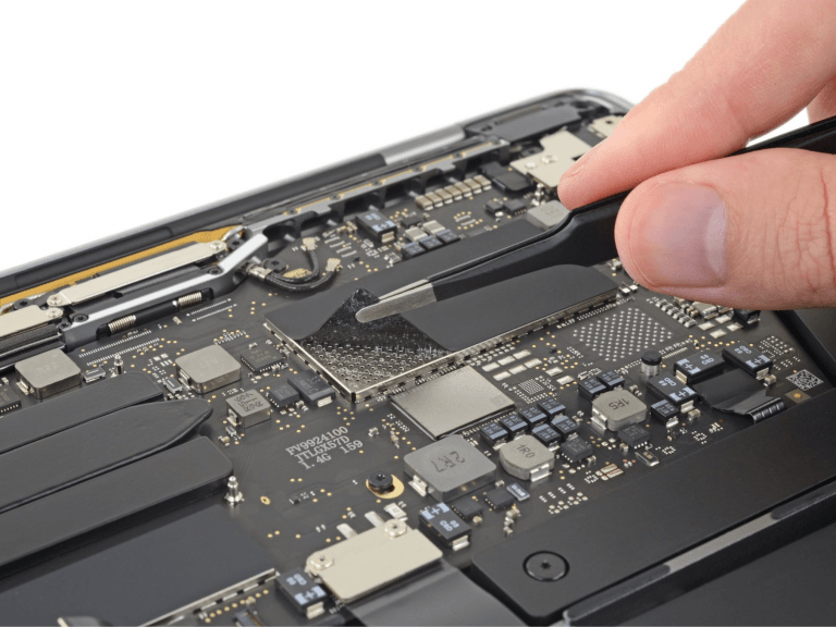 Base MacBook Pro 2019 with one fan, fixed SSD